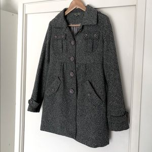 Grey BLOCKOUT Coat with princess seam and pockets